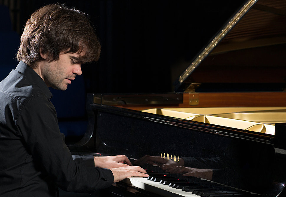 Chris Guild, Piano