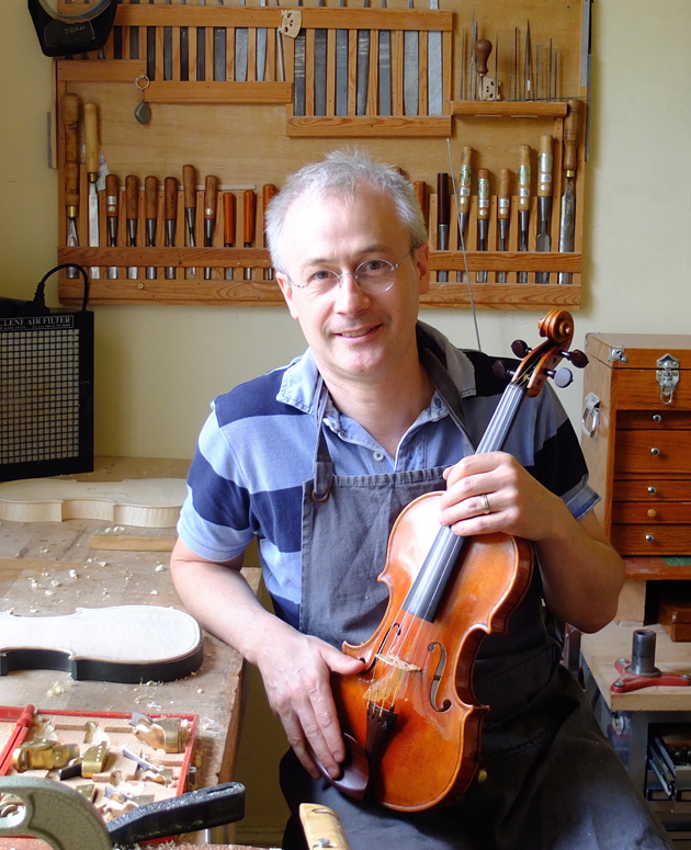Neil Ertz, Violin